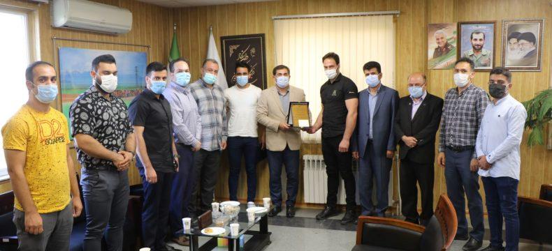 تجلیل مدیرکل ورزش و جوانان استان آذربایجان شرقی از مدال آوران مچ اندازی آسیا