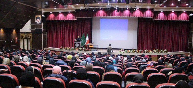 سمینار طراحی تمرین و اصول برنامه نویسی ویژه بانوان در تبریز برگزار شد