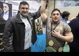 آرش سلیمی در وزن۹۵ کیلوگرم مسابقات قویترین مردان ایران مدال طلا را کسب کرد